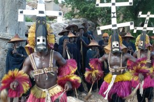 La danse des masque en pays dogon